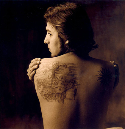 The tattoo series at Sol del Río is a new direction for Flores,